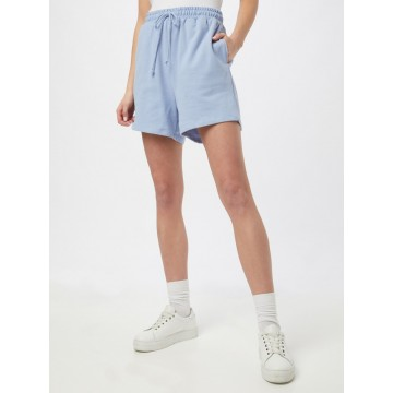 Cotton On Shorts 'CLUBHOUSE' in hellblau