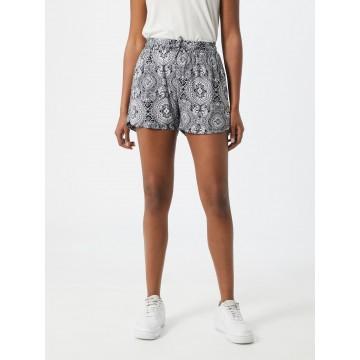 Urban Classics Shorts in schwarz / weiß